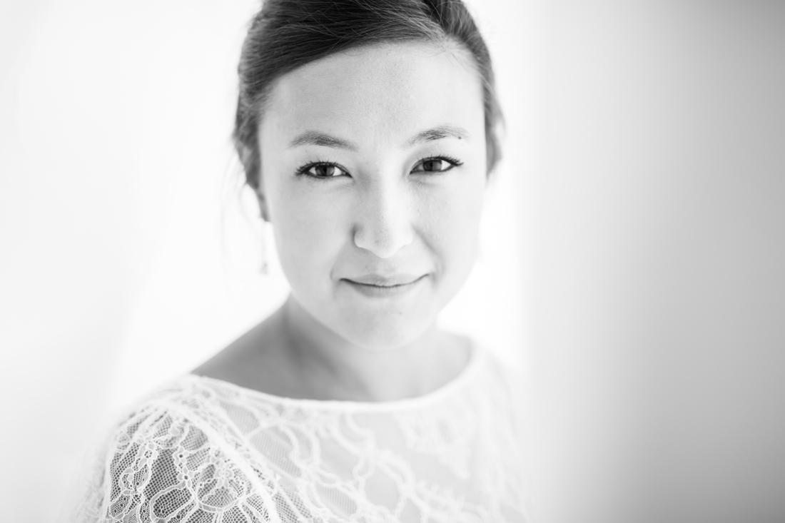 portraits d'une mariée en noir et blanc