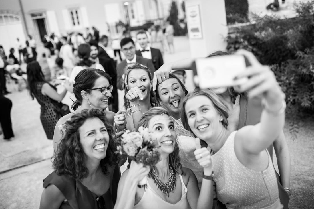 selfie entre amis au mariage