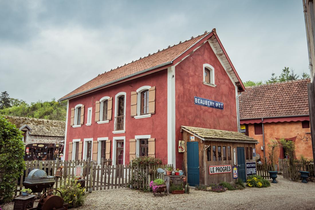 maison des ptt au Moulin d'Artus à Beaubery